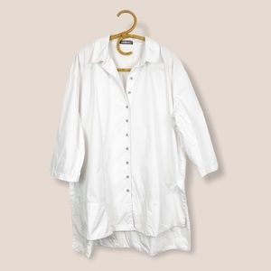 Alembika   White Oversized Button Front Top